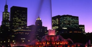Chicago skyline and Buckingham Fountain - Chicago Skyline Photographs