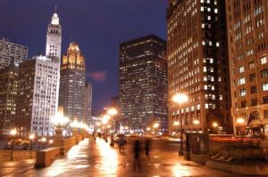 Wrigley Building at night - Photographs of Chicago
