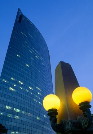 333 Wacker Building at Dusk  - Chicago architecture photographer